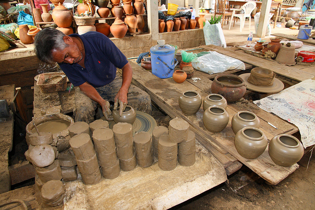 things to do in bangkok, bangkok, things to do, clay, pottery, crafting, craft, clay pot, thailand, local day trip, day tour, takemetour