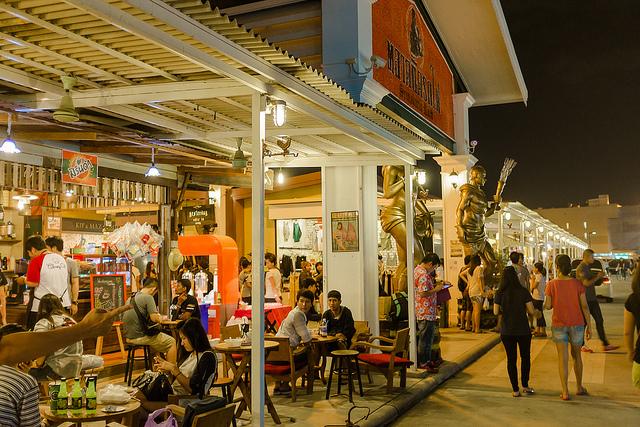 things to do in bangkok, bangkok, things to do, night market, train market, thailand, local day trip, day tour, takemetour