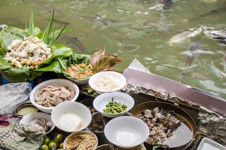 local, day, trip, bangkok, old town, local expert, things to do in Bangkok, loy krathong, floating market