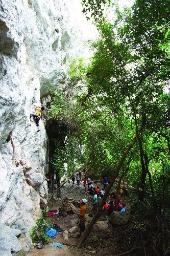 rockclimbing_saraburi