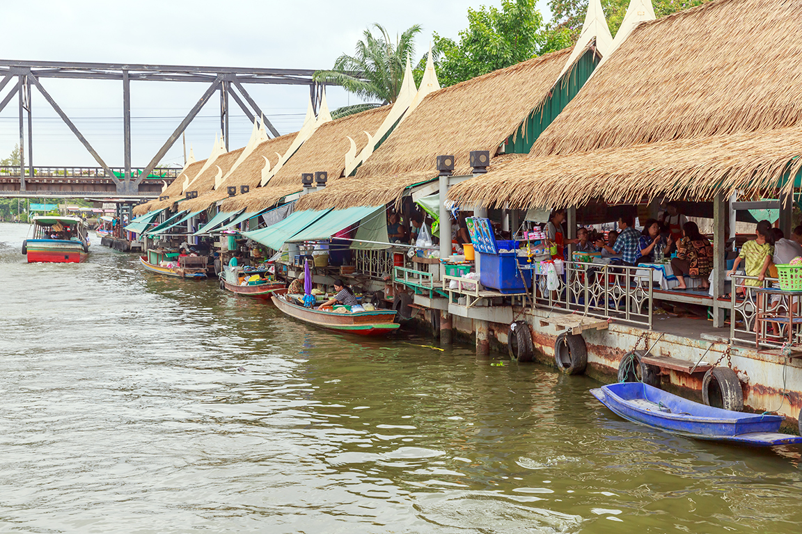 floating markets in bangkok, bangkok, talingchan, floating market