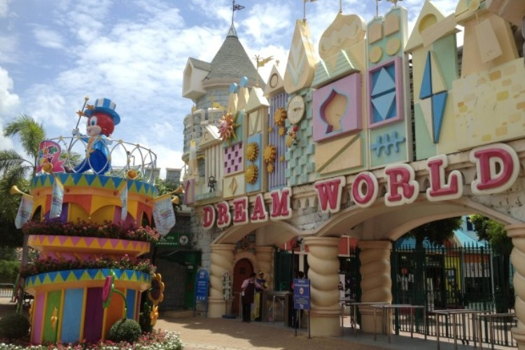 things to do in bangkok_dreamworld_fun