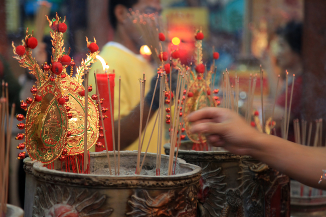 It's the time we worship gods and ancestors, but what about other beliefs and traditions Find out Chinese New Year do's and don'ts below