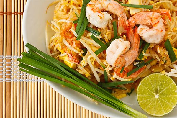 pad thai in Bangkok, pad thai, stir-fried noodle, noodle, thai noodle, bangkok
