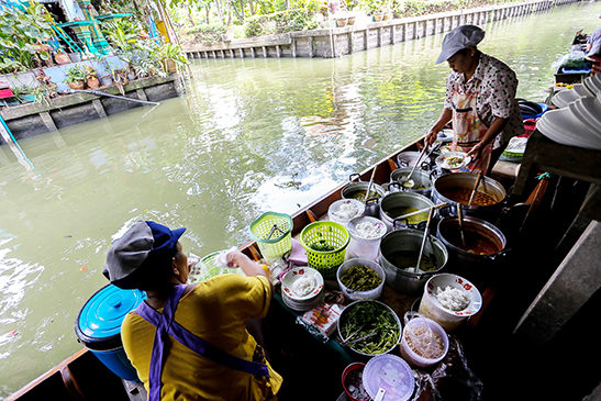 floating market, floating, thailand, bangkok, atmosphere