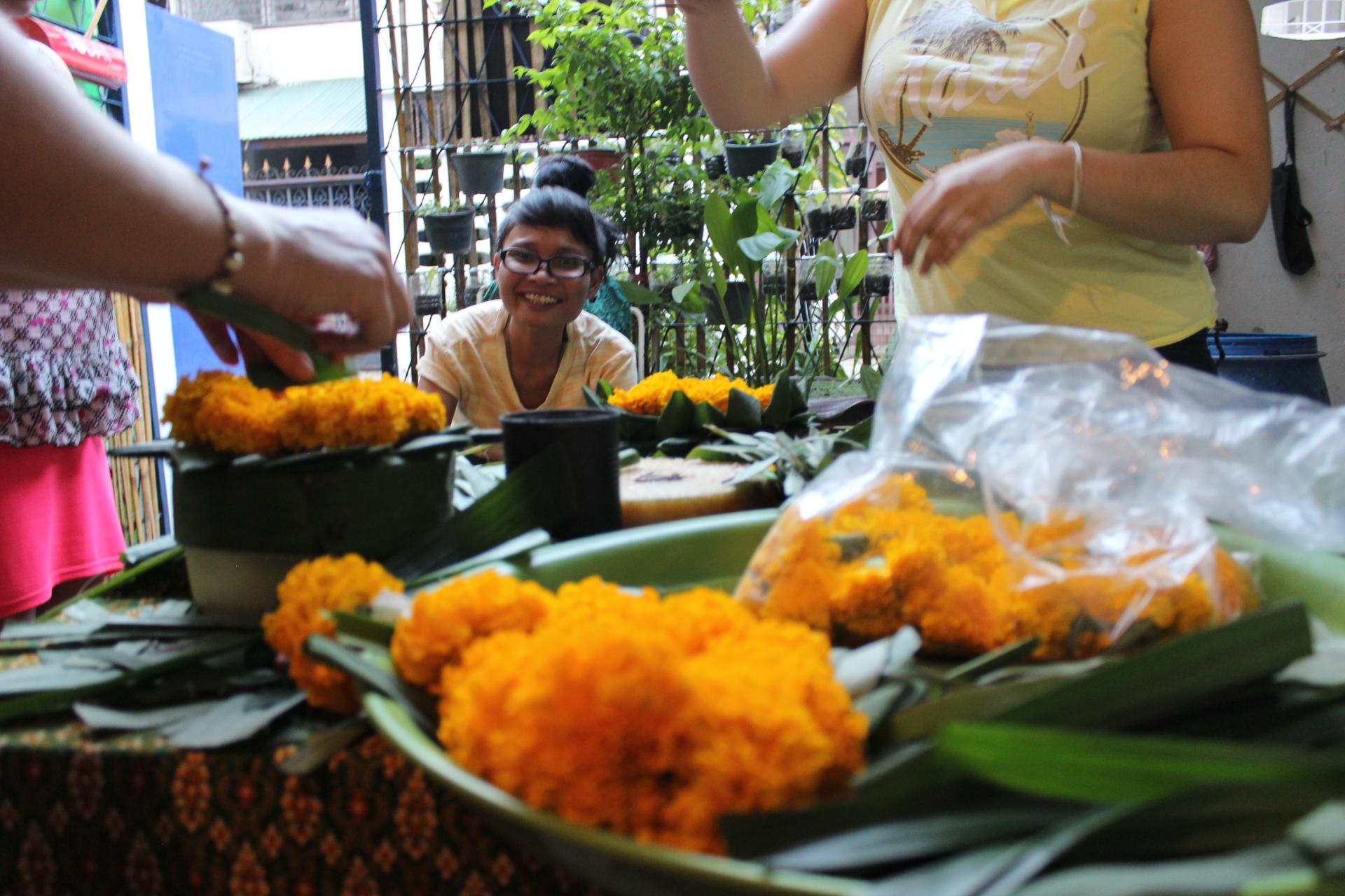 visiting thailand, thailand, culture, thai people
