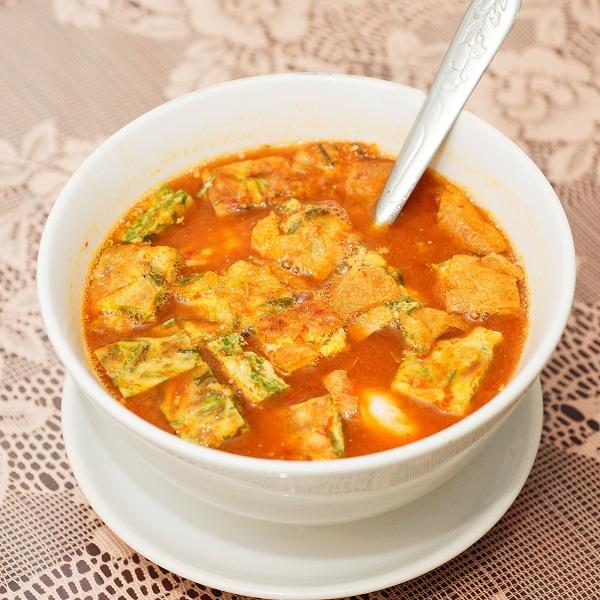 thai food, thai soups, thai cuisine, gaeng, cha om