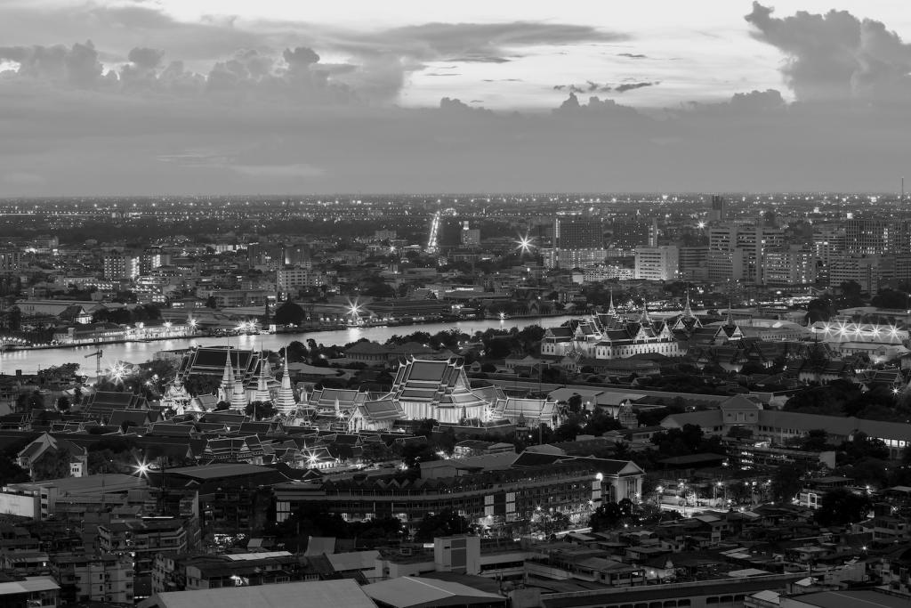 Bangkok in BW