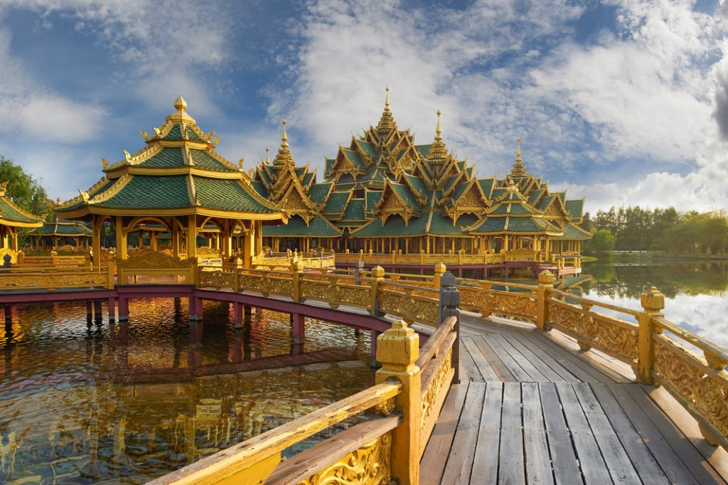 Ancient City in Samut Prakan, a huge collection of replicas of Thailand's architectural gems