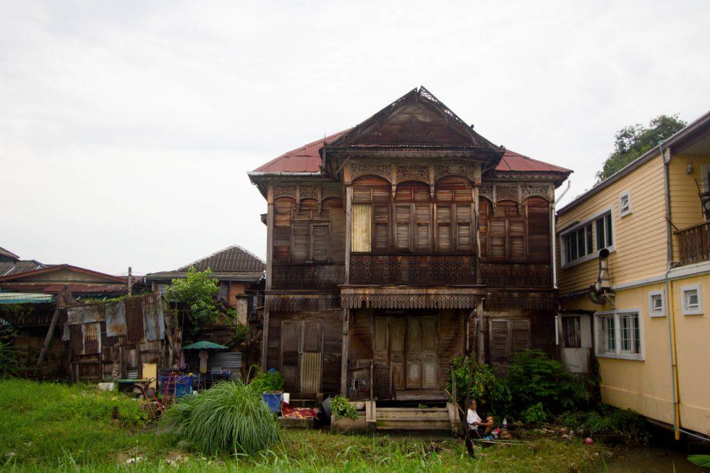 Gingerbread house in Kudi Jeen