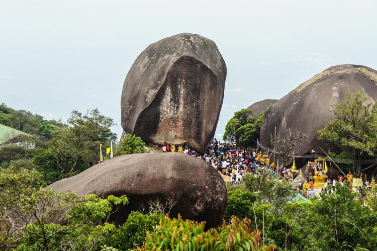 Khao Khitchakut National Park, Chanthaburi: Khao Phra Bat and its incredible scenery