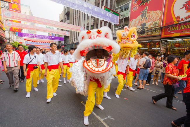 Best Places to Visit during Chinese New Year in Thailand: Lion Dance on Lunar New Year at Yaowarat Chinatown, Bangkok