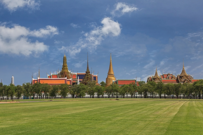 Temples on Thai coins: Wat Phra Kaew or the Temple of the Emerald Buddha in Bangkok