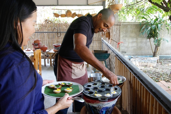 Meet the Local Expert Khun Aoy Cooking