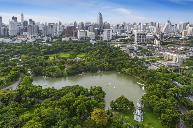 Meet the Local Expert Khun Nueng Lumphini Park