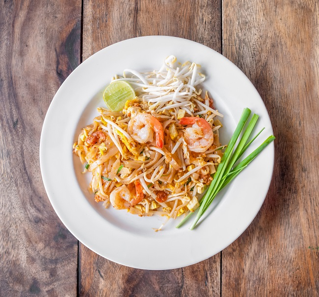 Pad Thai : squeeze off and spice up!