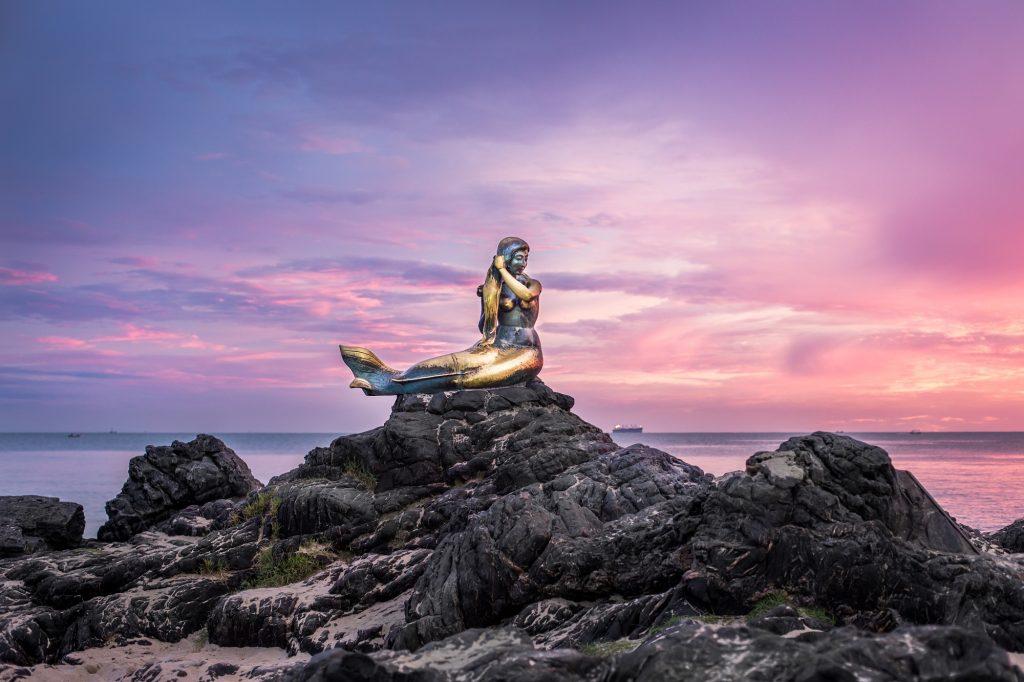 Samila beach is one of things to do in Hat Yai. It's a must-visit landmark in Hat Yai